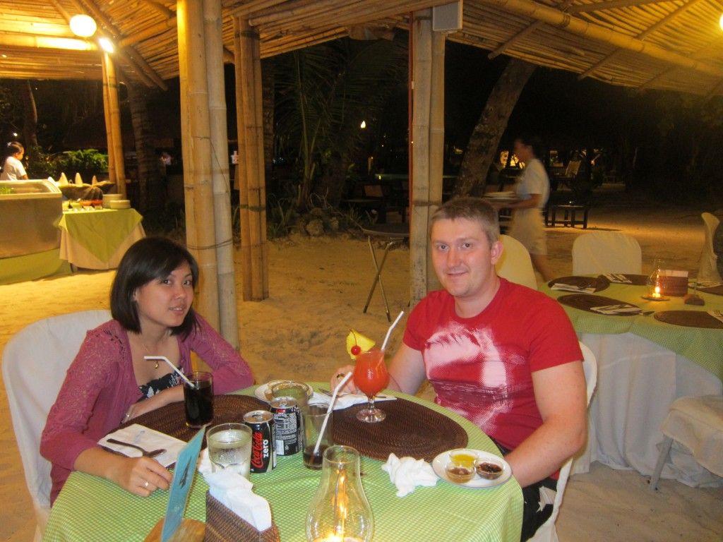 OUR FIRST BUFFET AT BORACAY ISLAND