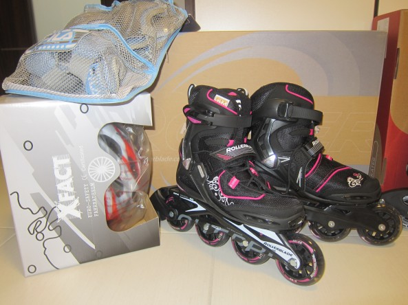 My Rollerblade with all my safety gears.